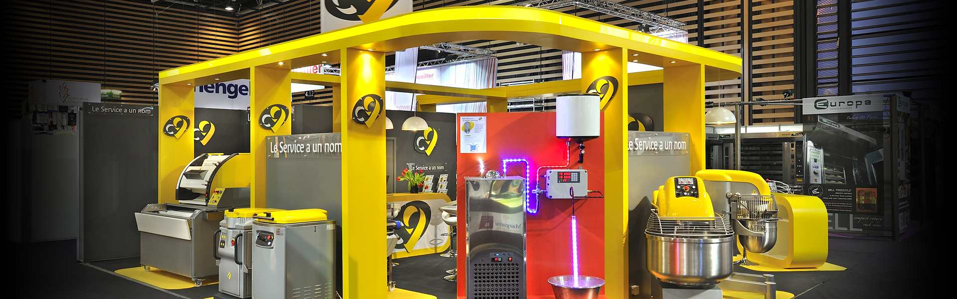 Solution de stand sur mesure pour un design unique en salon - Pubvolume